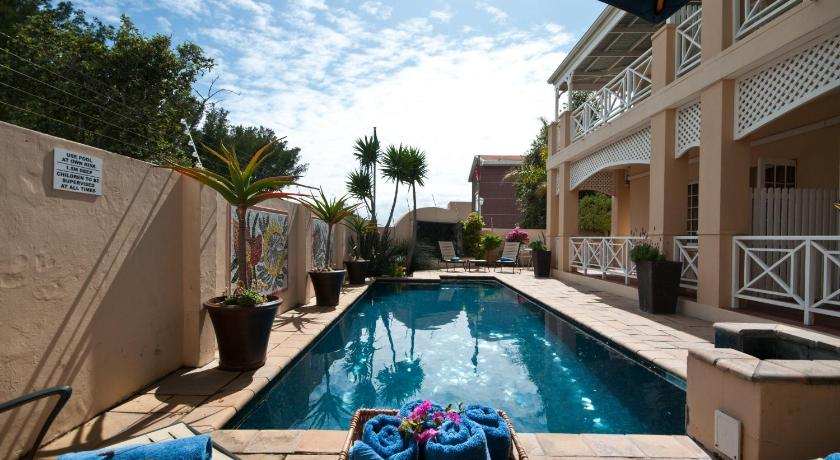 Cape Flame Guest House 8, 7th Avenue Summerstrand Port Elizabeth