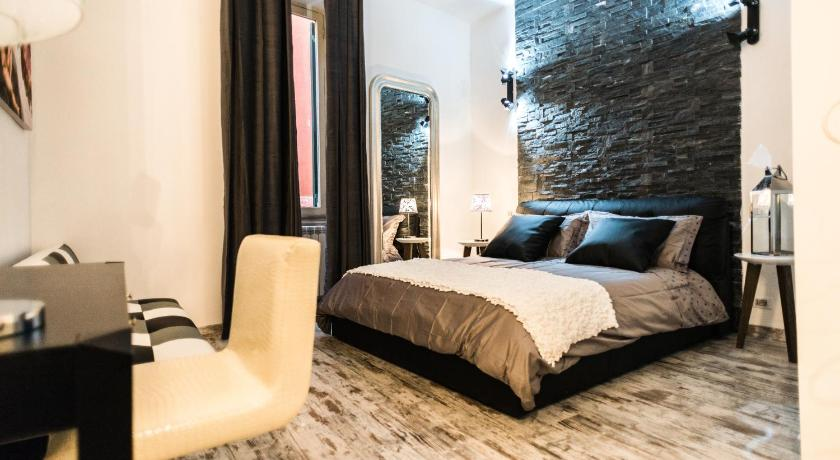 Trevi Amp Pantheon Luxury Rooms Rome Bedandbreakfast Eu