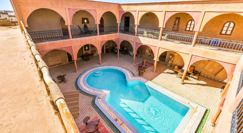 Schwimmbad Maison Merzouga Guest House