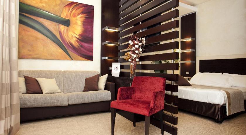 Les Fleurs Luxury House Via Mario De\' Fiori 24 Rome