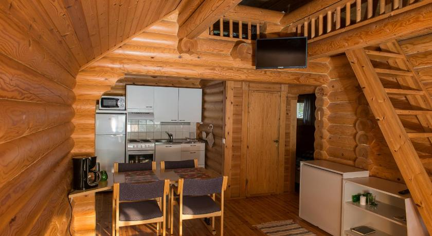 One-Bedroom Cottage with Sauna #1 Karelian Country Cottages
