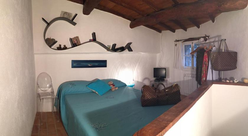 Casa AZA 19 Rue du Chateau Roquebrune-Cap-Martin ...