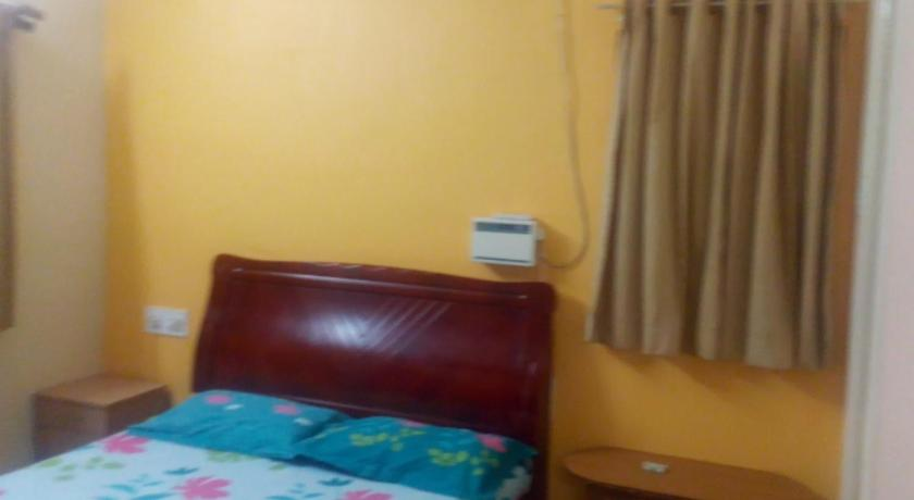 Phoenix Service Apartment Aks Residency