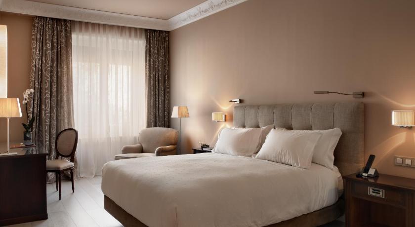 Hotel Rector 4