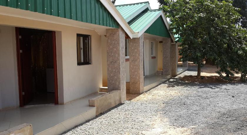 Standard Double Room Magodi Lodge