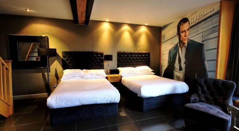 Duplex Apartment 14 S Signature Living Hotel