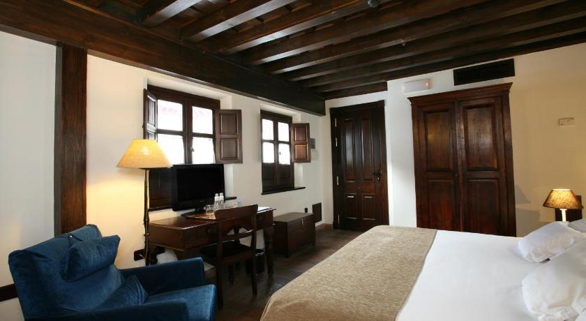 hoteles con encanto en granada  151