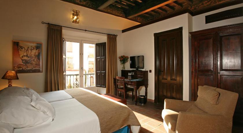 hoteles con encanto en granada  150