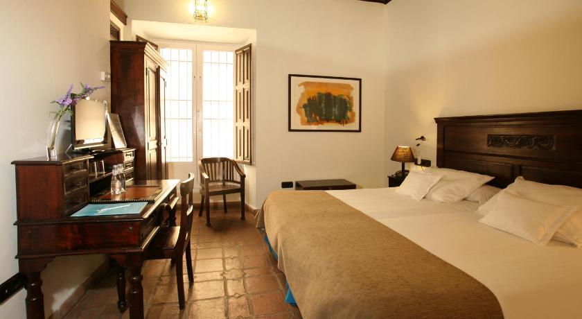 hoteles con encanto en granada  144