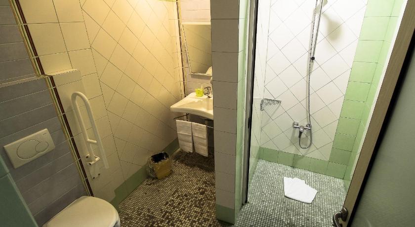 Best Price on Hotel Soggiorno Athena in Pisa + Reviews