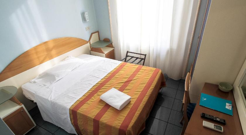 Best Price on Hotel Soggiorno Athena in Pisa + Reviews