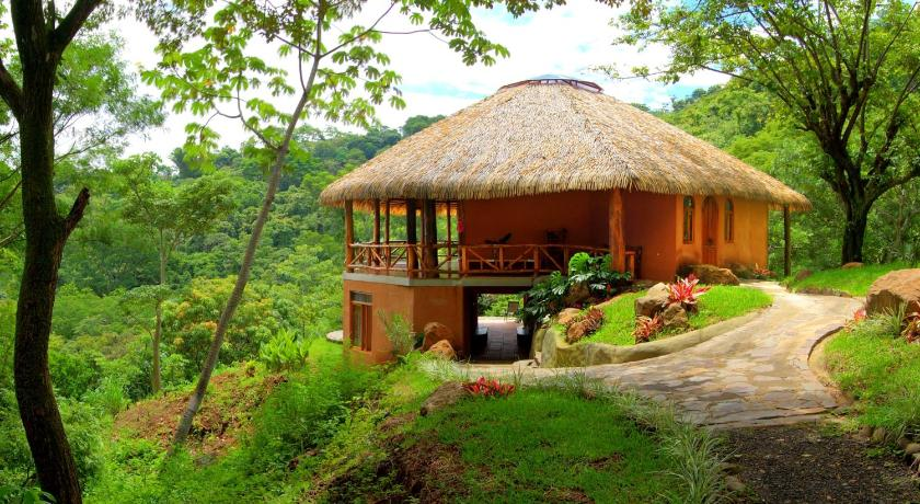 More about Amatierra Retreat and Wellness Center