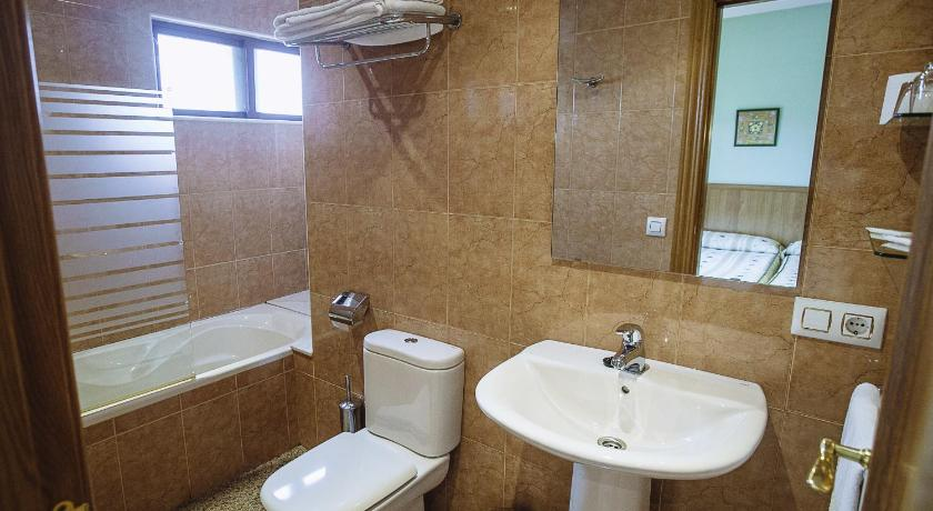 Single Room with Private Bathroom - Bathroom Hospedería Puerta de la Catedral