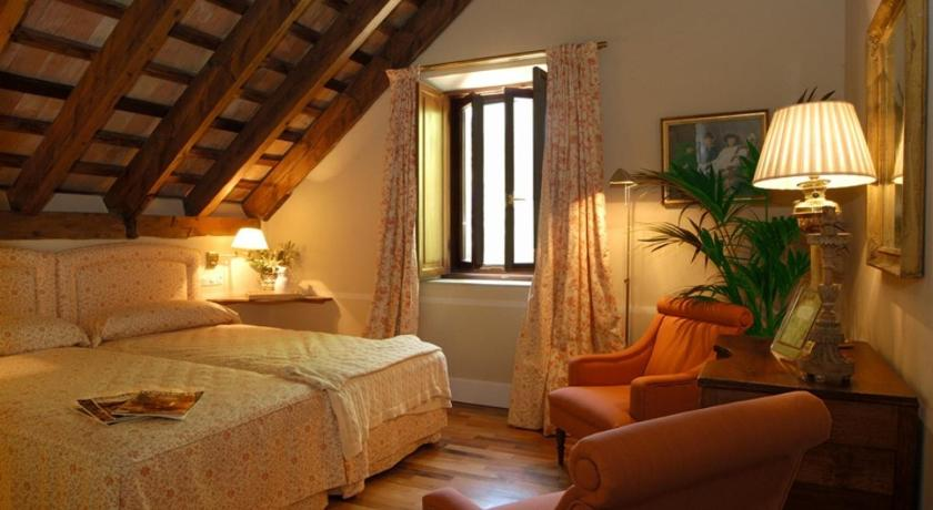 hoteles con encanto en cádiz  10
