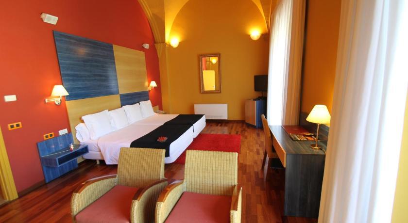 Hotel de la Moneda 12