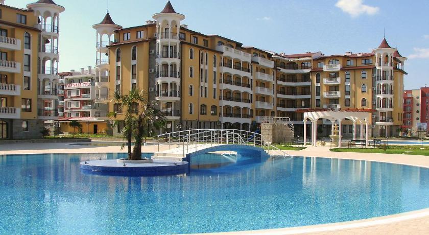 Royal Sun Millennium Apartments