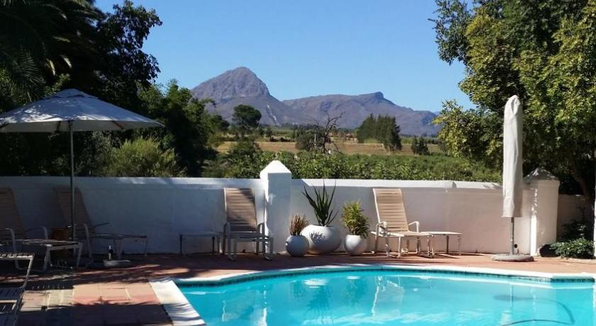 Swimming pool Augusta Kleinbosch Guest Farm