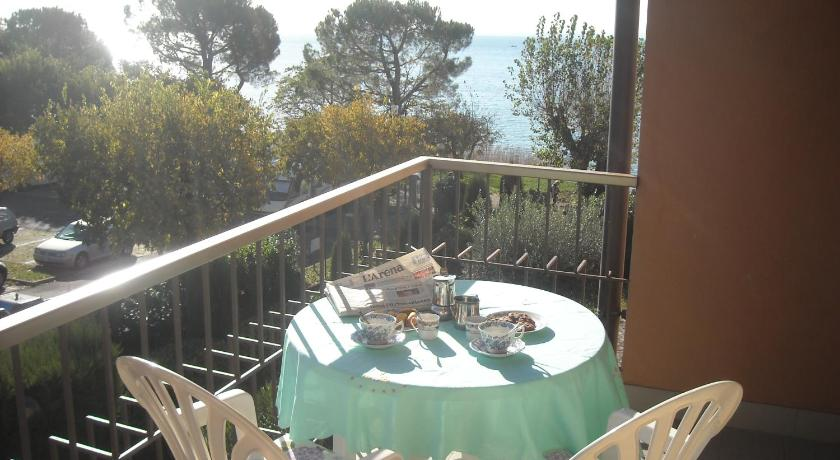 Balcony/terrace Lovely Garda