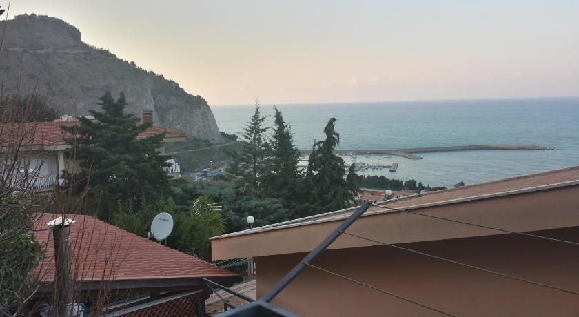 Best Price on Terrazza sul golfo - Sea & nature in Cefalu + Reviews!