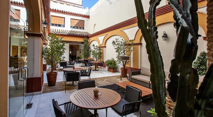 hoteles con encanto en cádiz  206