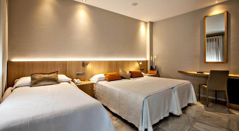 hoteles con encanto en cádiz  211