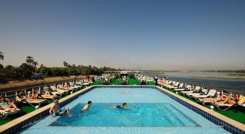Swimmingpool M/S Royal Ruby - 04 & 07 Nights each Monday from Luxor - 03 Nights each Friday from Aswan