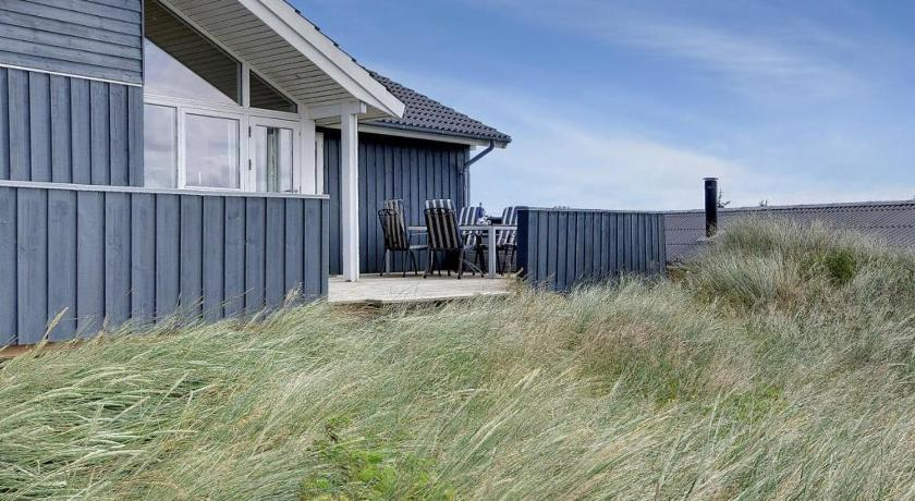 Holiday home Hogevejhenne Strand III