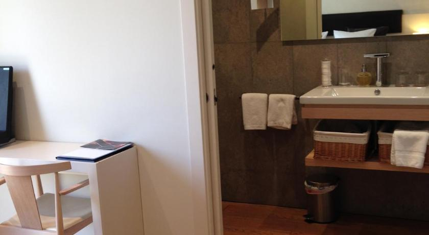 boutique hotels in girona  109