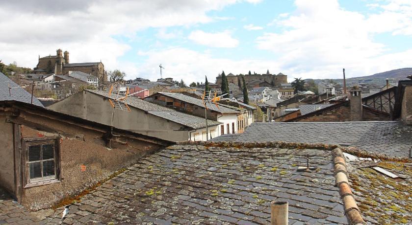hoteles con encanto en villafranca del bierzo  24