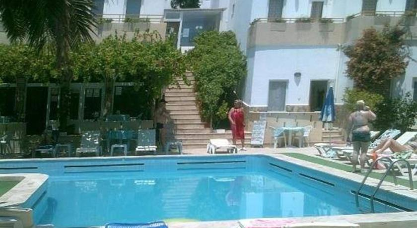 Swimmingpool Ugur Hotel