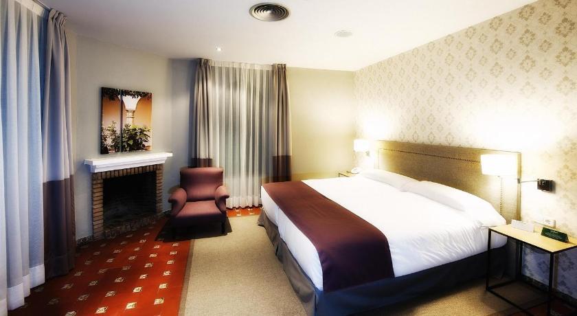 hoteles con encanto en cádiz  372