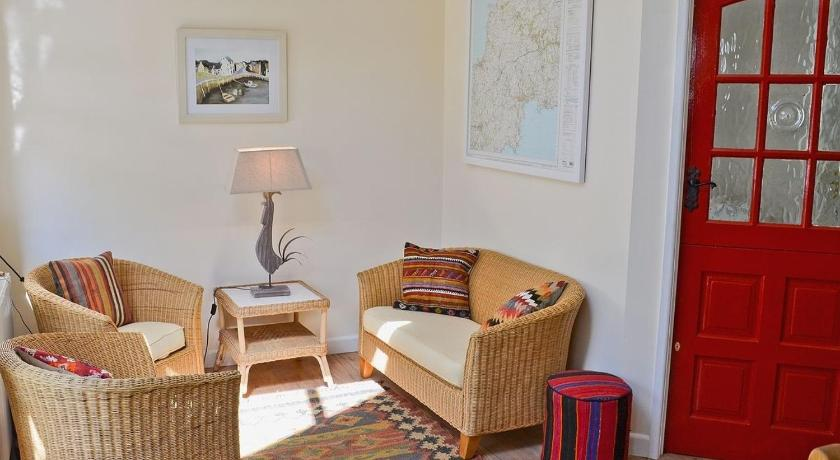 Best Price on The Old Tack Room in St Austell Reviews