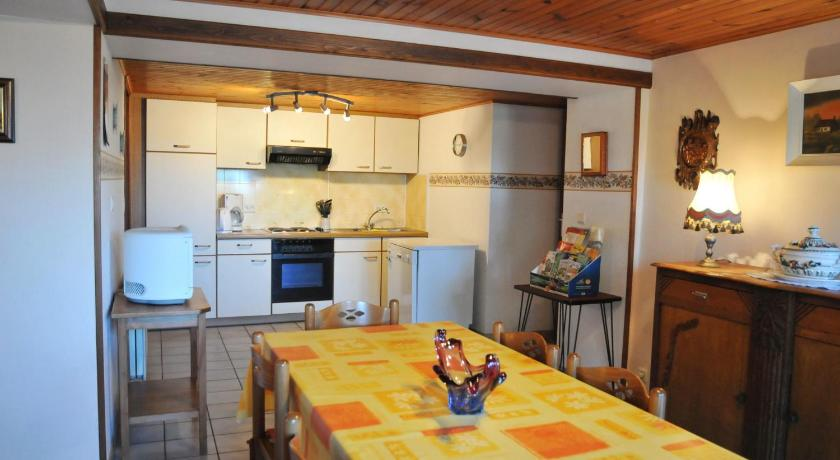 Three-Bedroom Holiday Home Ollomont
