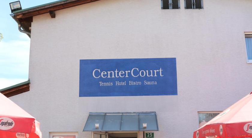 See all 25 photos CenterCourt Hotel