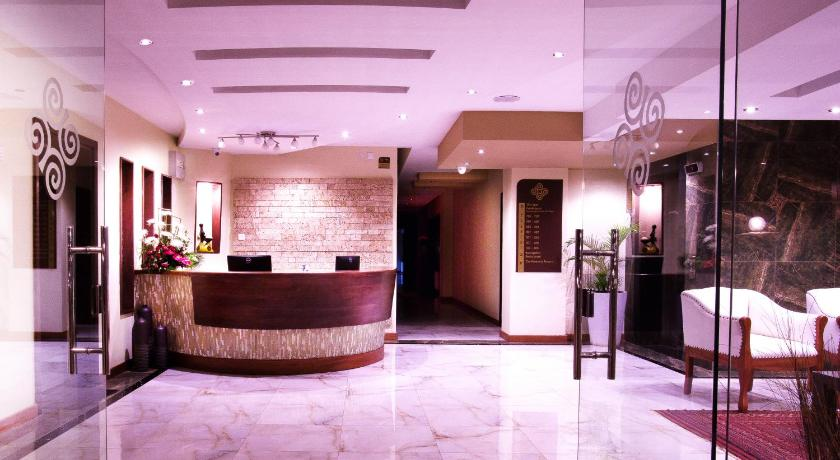 Lobby Bidwood Suite Hotel