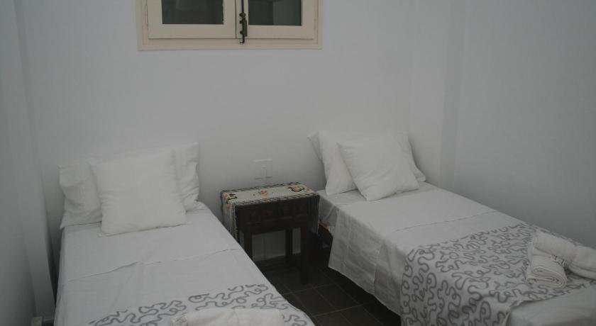 Central Suites Carabella II