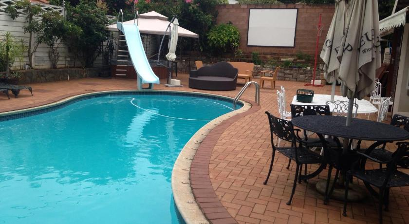 Schwimmbad Umhlanga Self Catering Guesthouse