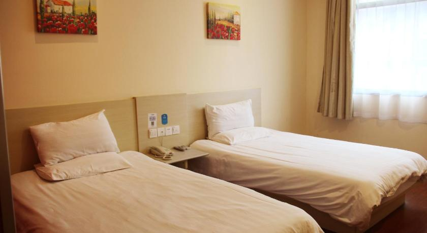 Double Room, King Bed Premium