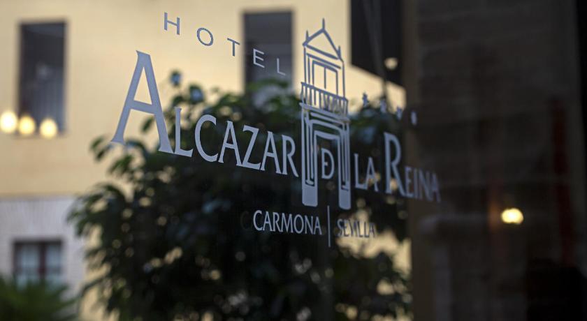 hoteles con encanto en carmona  11