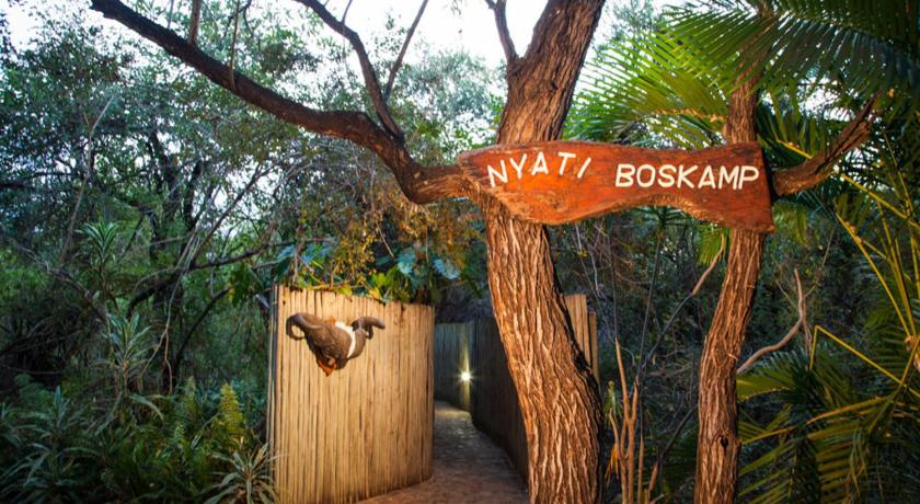 Nyati Safari Bushcamp