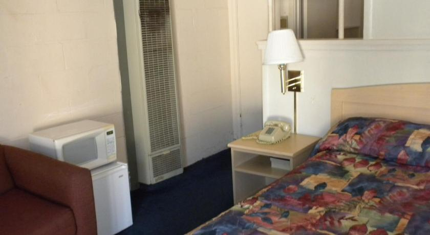 King Room Budget Motel