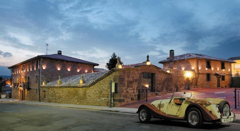 habitaciones con cama dosel en La Rioja  Imagen 8