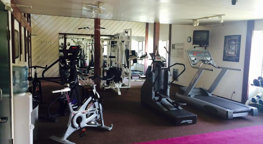 Fitness center Summit by 101 Great Escapes
