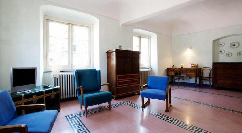 Two-Bedroom Apartment in Via Guani
