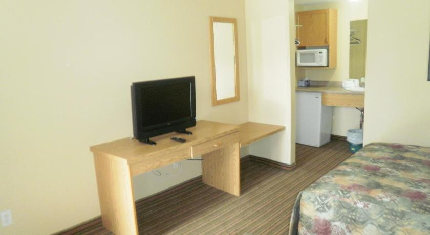 Double Room with Two Double Beds - Facilities Bayview Inn Orillia