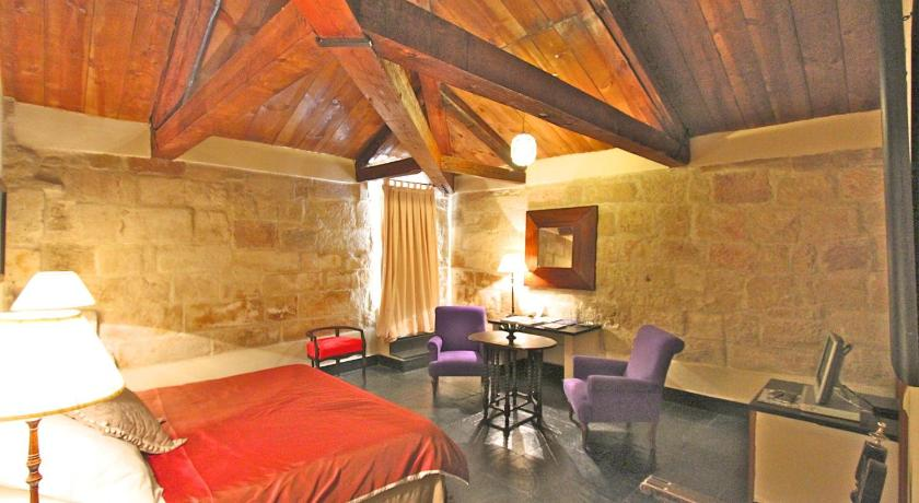 hoteles con encanto en villanueva de cañedo  50