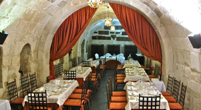 Posada Real Castillo del Buen Amor 48