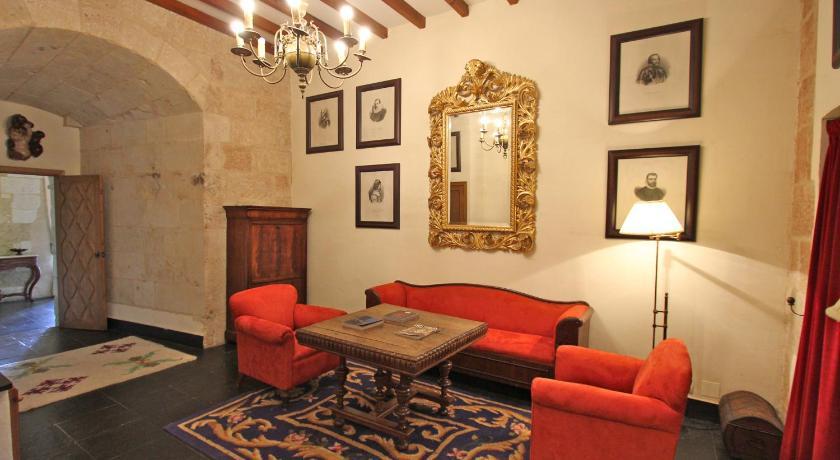 hoteles con encanto en villanueva de cañedo  61