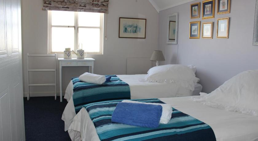 Three-Bedroom House - Guestroom Seashells Self-Catering