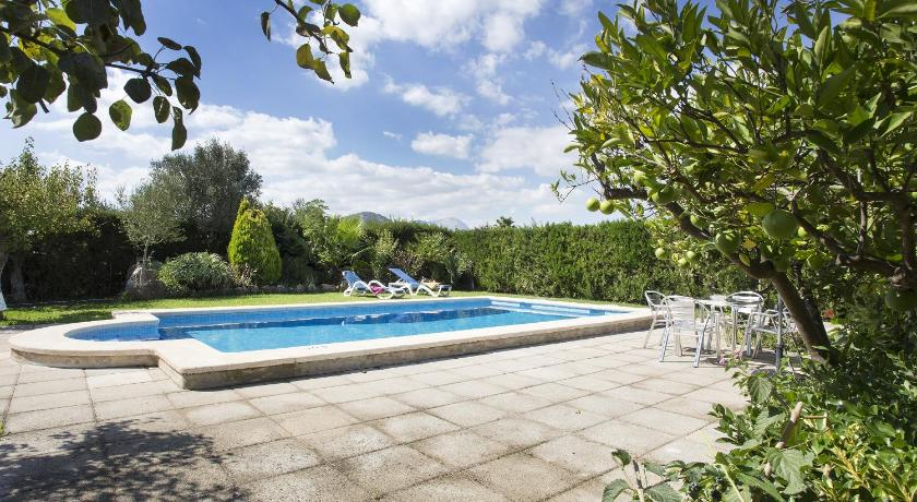 Swimming pool Villa Magraner Paquita